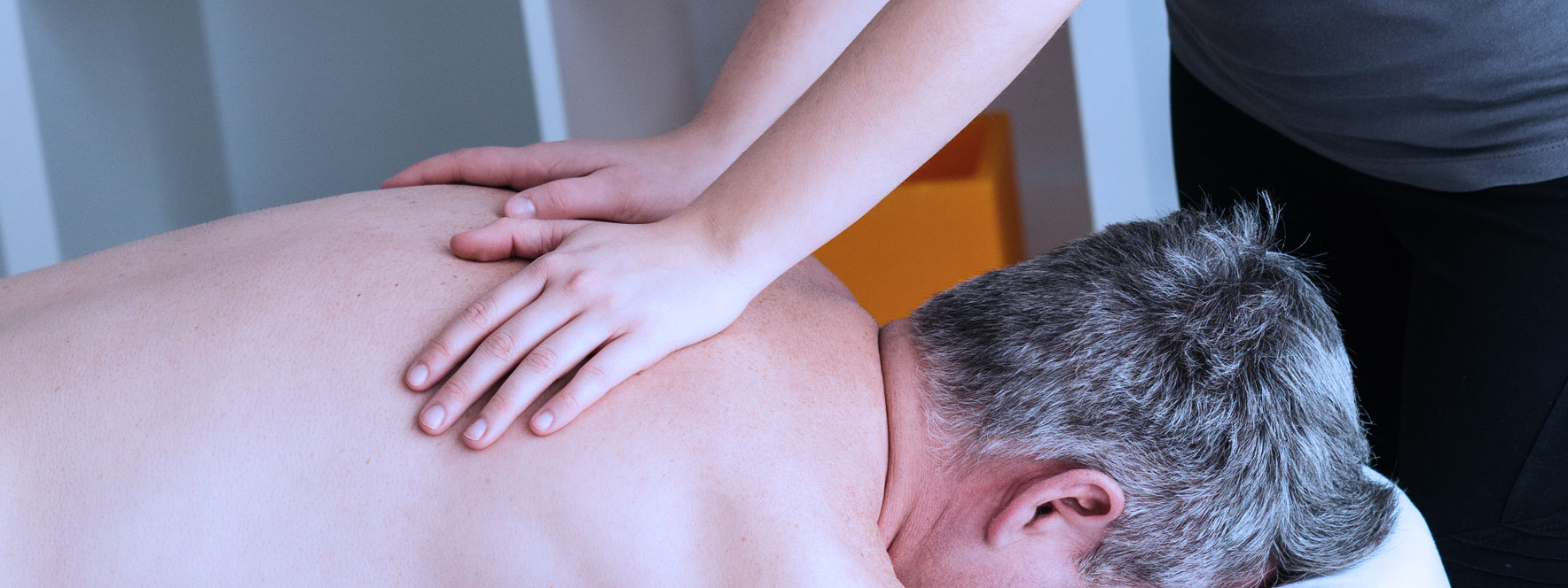 Massage californien soulage l'arthrite - Blogue du Réseau